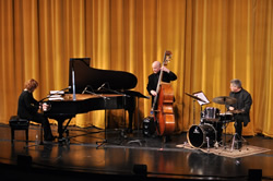 The Laura Caviani Trio in Concert